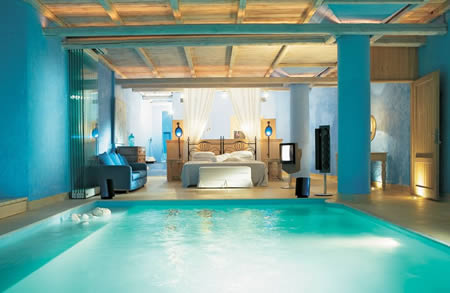 Another cool bedroom with a pool inside