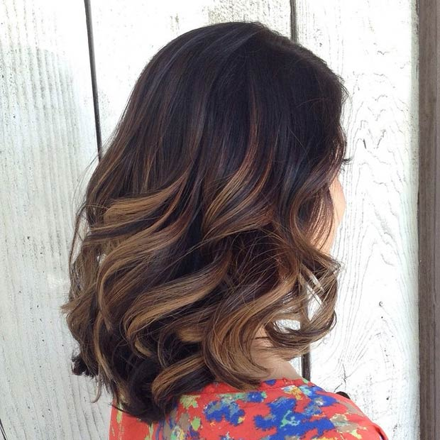CARAMEL HIGHLIGHTS + BIG BOUNCY CURLS