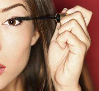 7 Best Lengthening Mascara For Short Lashes