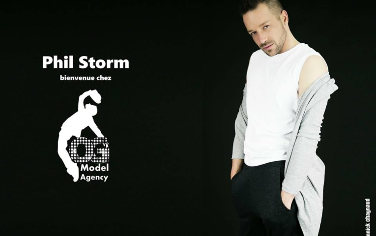 Modèle international: Phil Storm a la fashion week paris